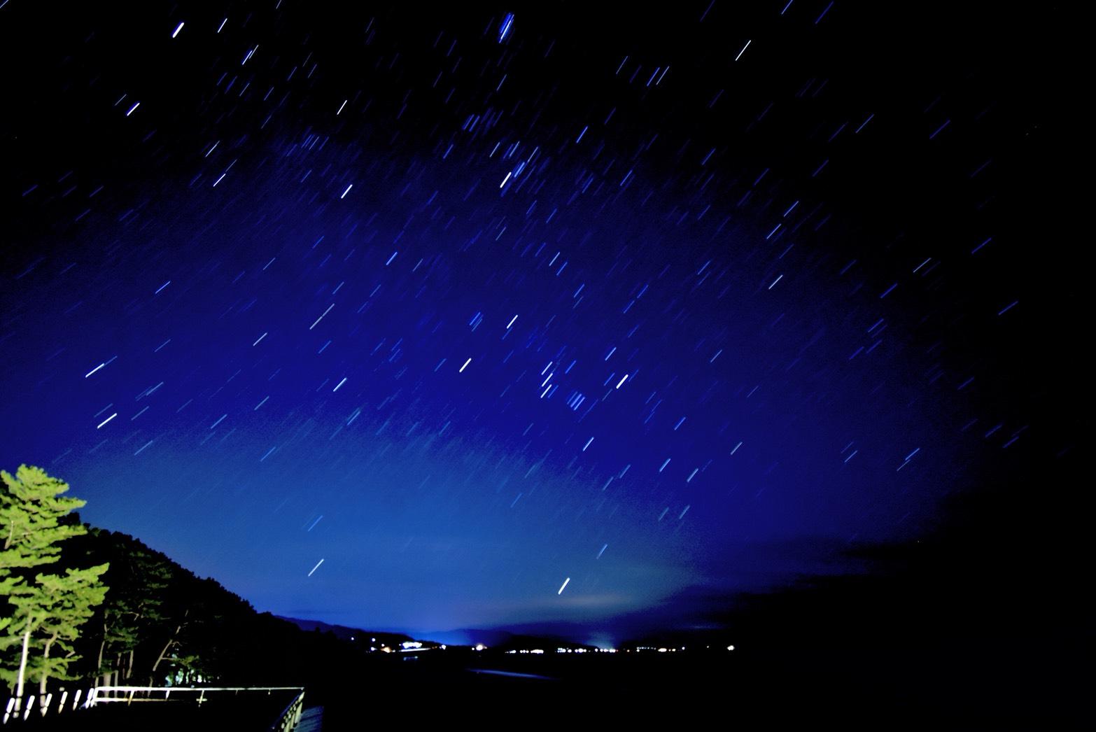 海と星のコラボレーション。星を見るなら「琴ヶ浜」