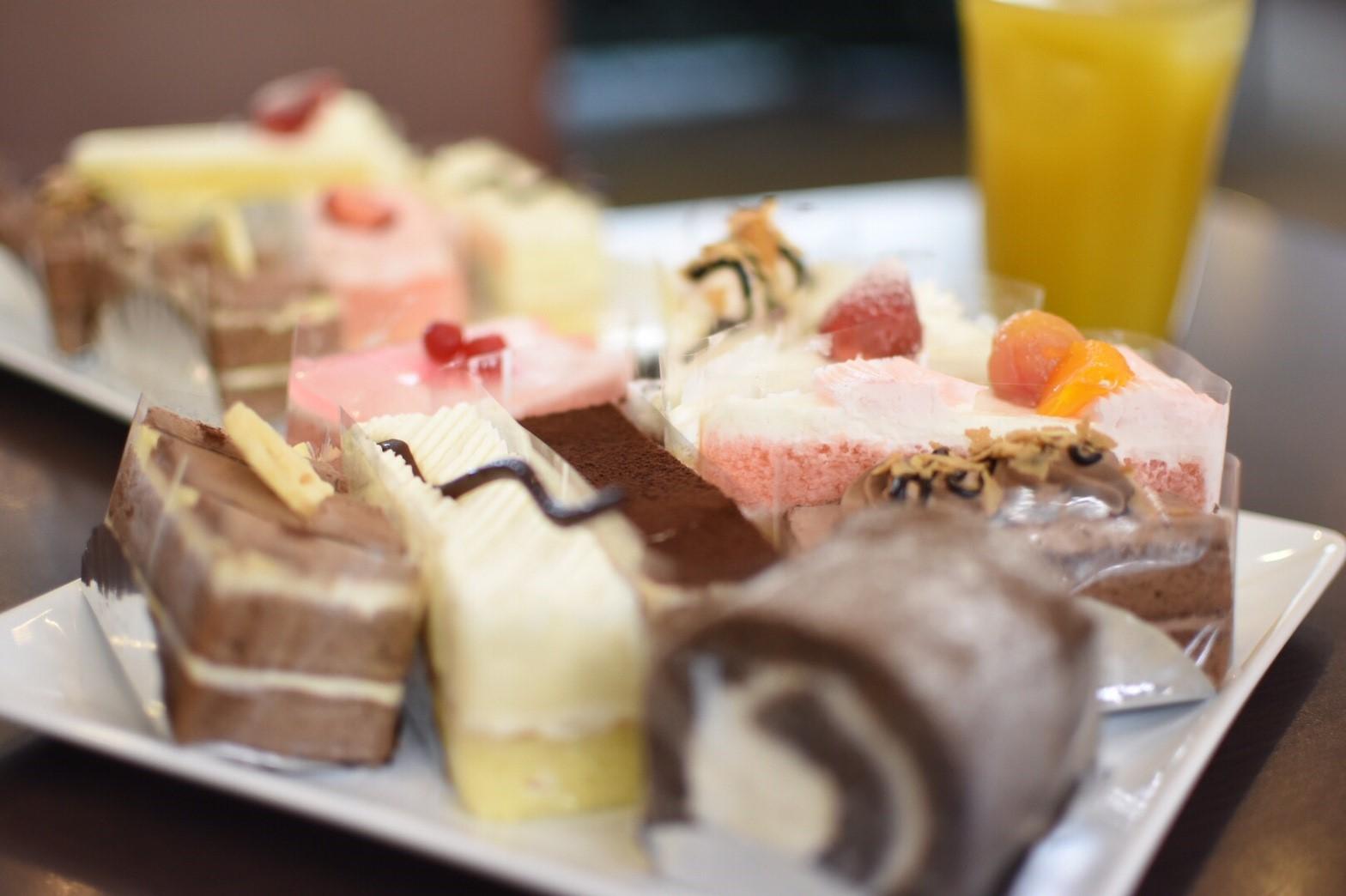 ケーキ食べ放題!甘いものが好きな方必見!「STRAWBERRY FIELDS」