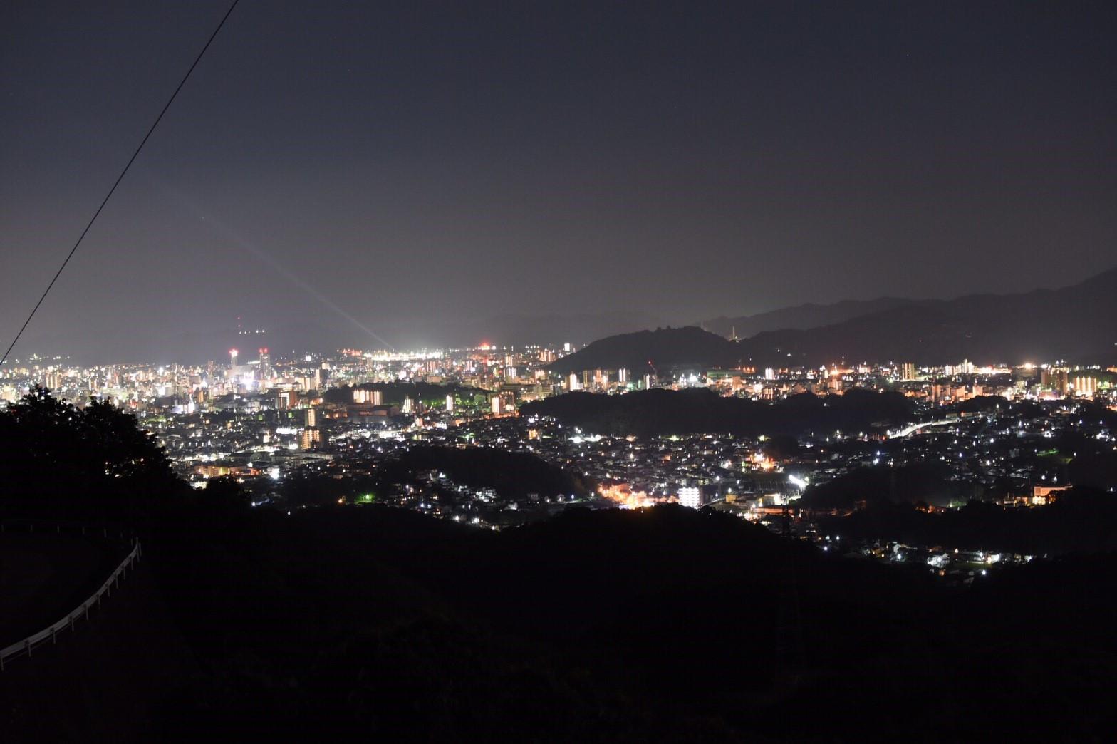 高知市内を一望できる絶景夜景スポット 「鴻ノ森」