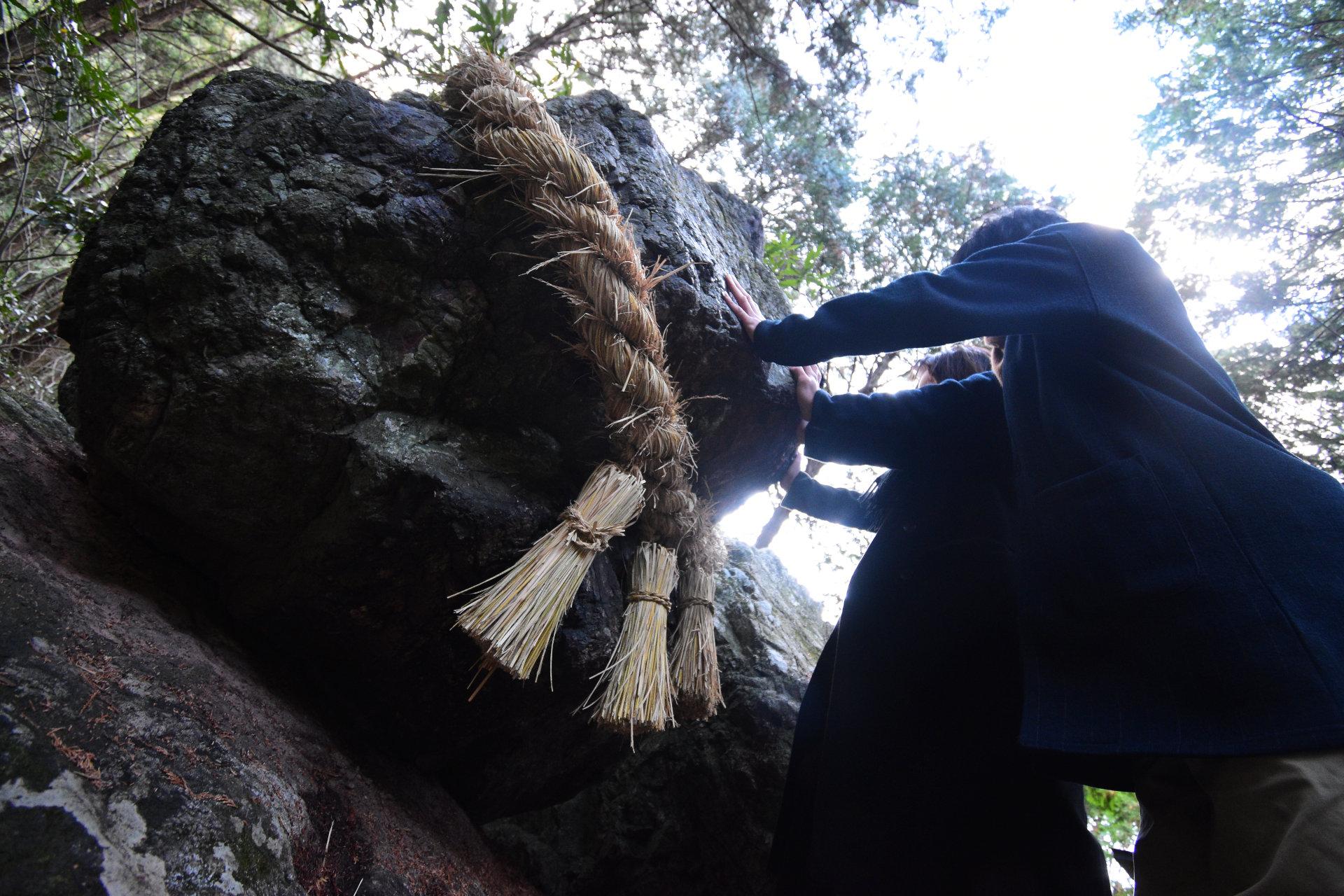高知の秘境穴場パワースポット!絶対落とせない不思議な岩「ゴトゴト岩」