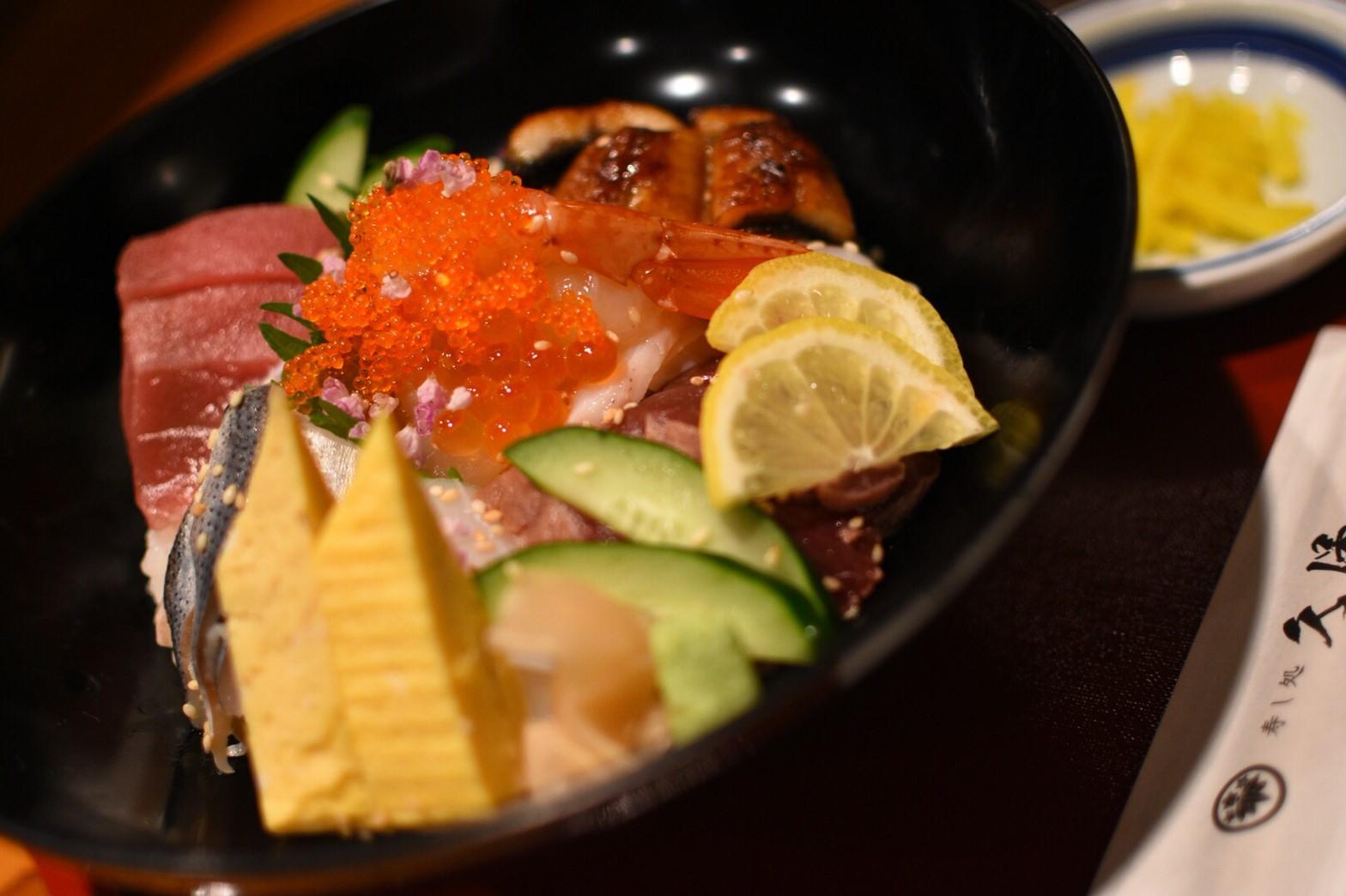【寿し処久保】贅沢三昧海の幸!新鮮豪華な海鮮ランチ