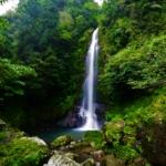 神秘空間が織りなす問答無用の震憾。妖しくも美しい名爆「大樽の滝」
