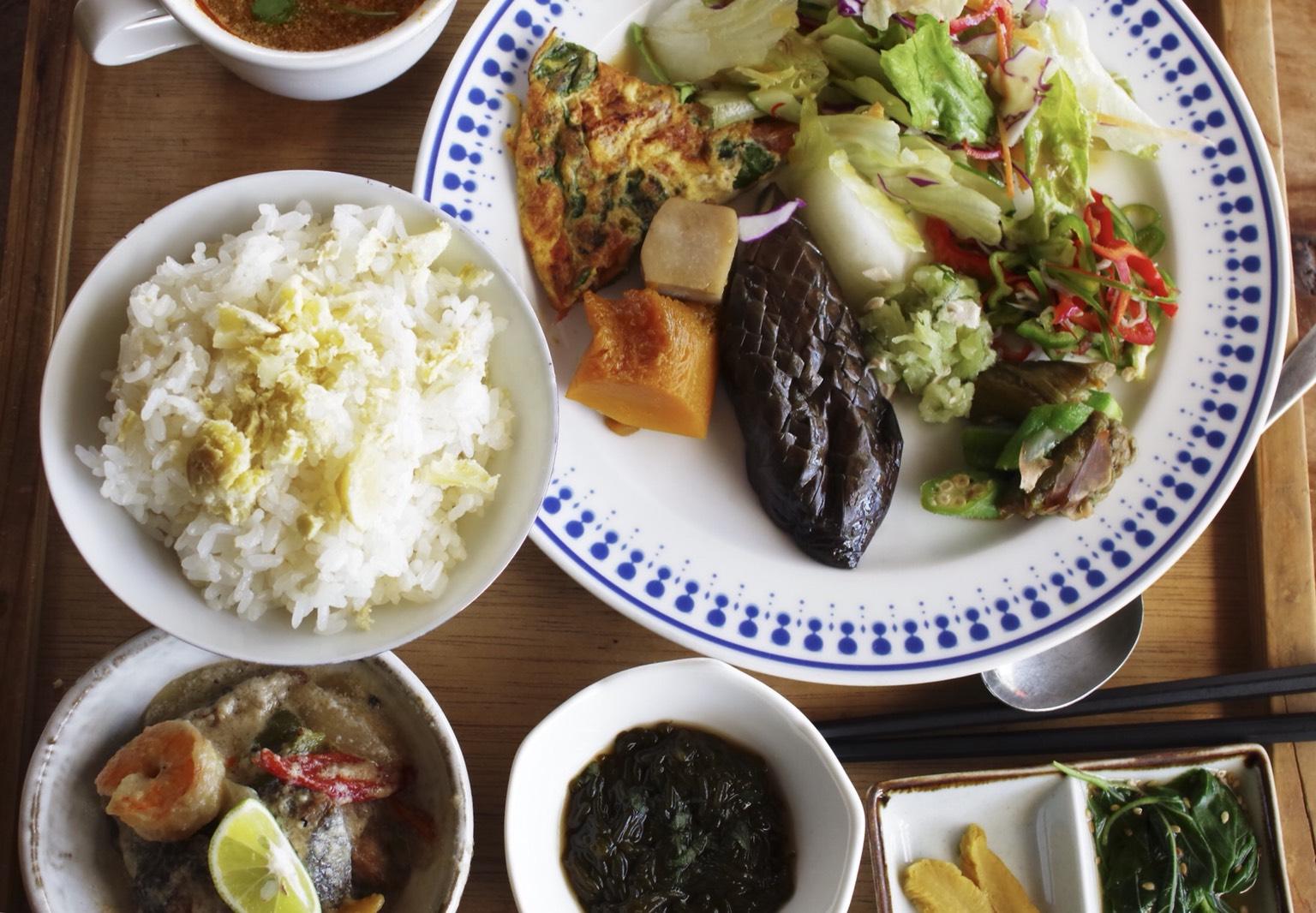 【多国籍料理SO‐AN】自由奔放旅人気分!個性と自由が光る店。